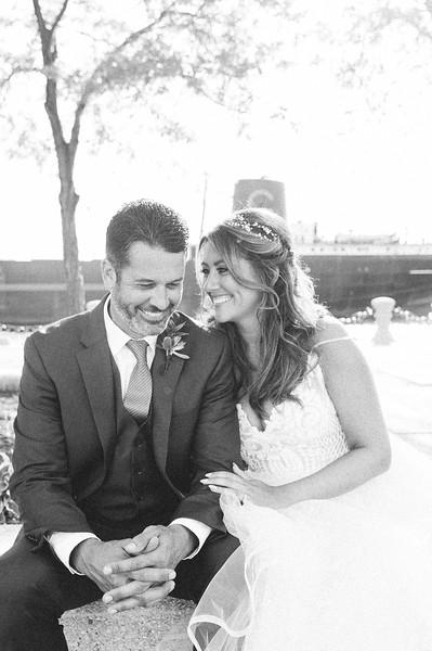00255 Cleveland Wedding Photographer.jpg