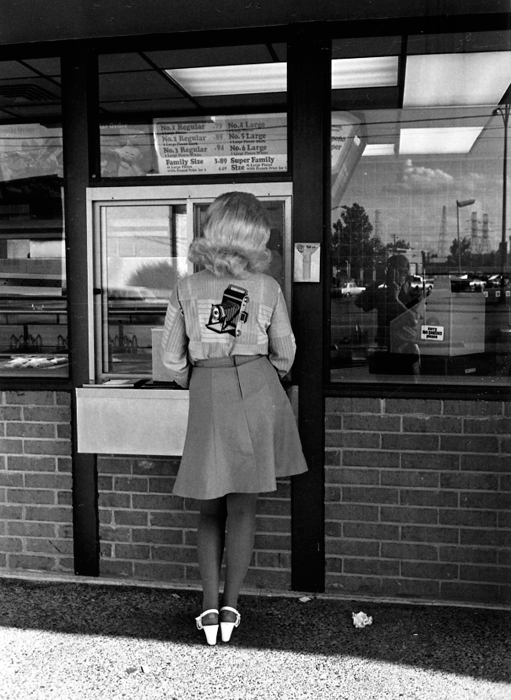 Famous Street Photographers - Lee Friedlander