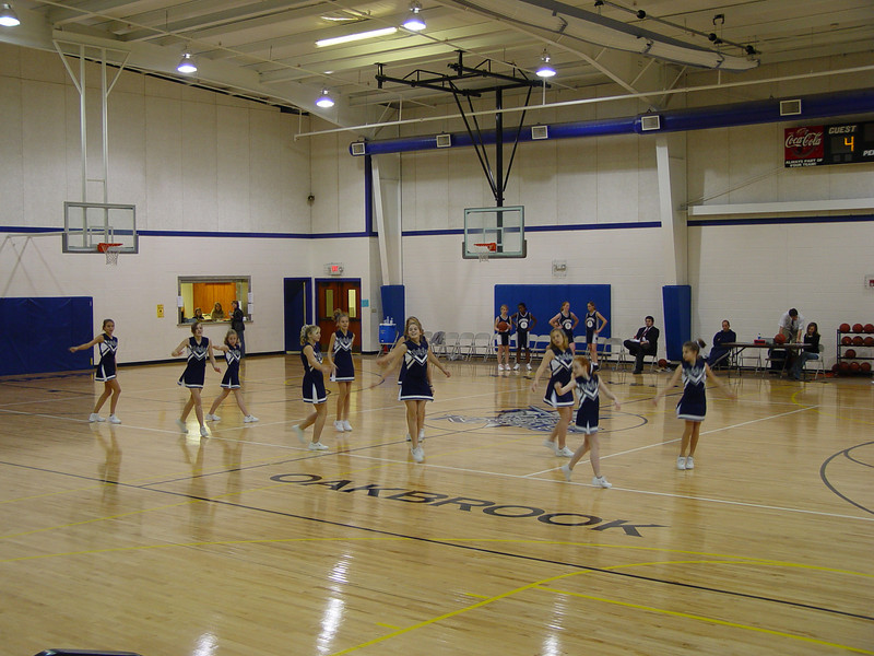 cheerleaders 012.jpg