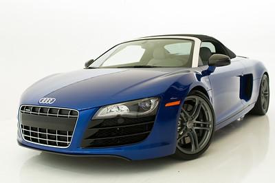 2011 Blue Audi R8