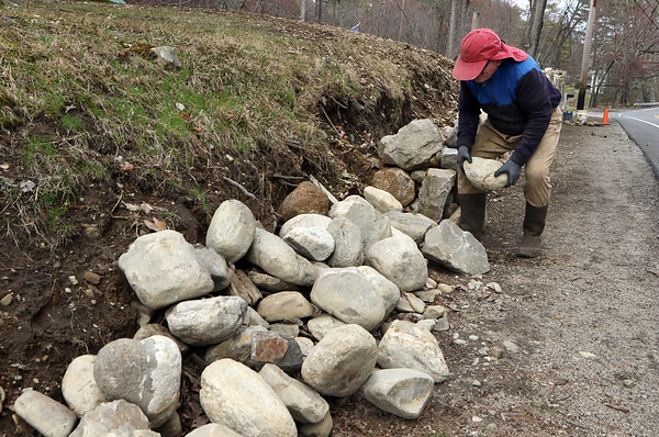 Westford stone wall builder 040820