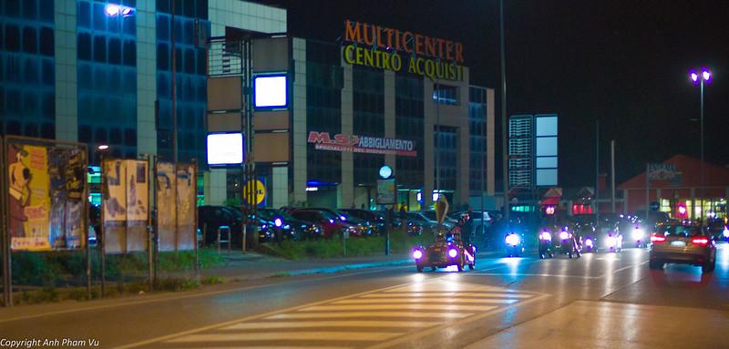 Mille Miglia Race with Ferraris! http://www.vicenzatoday.it/sport/mille-miglia-vicenza-17-maggio-2012.html
