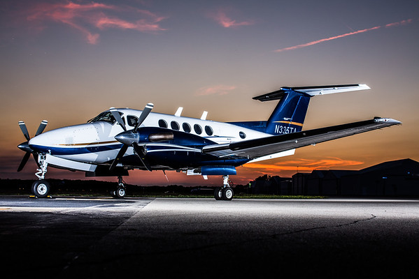 King Air 200 N335TA (High Res)