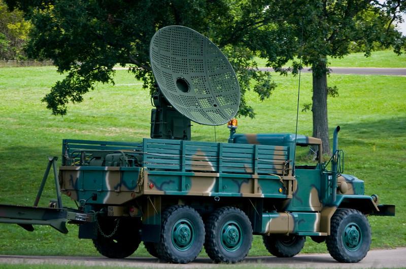 Military Radar truck  1 .jpg