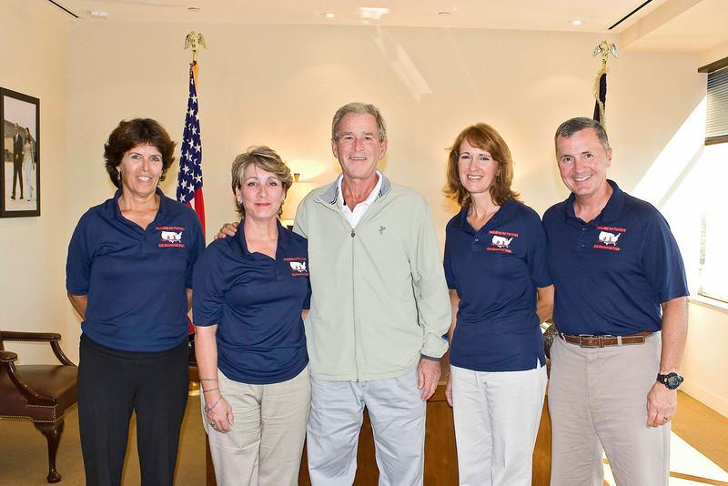 P4P team with Pres. Bush.jpg