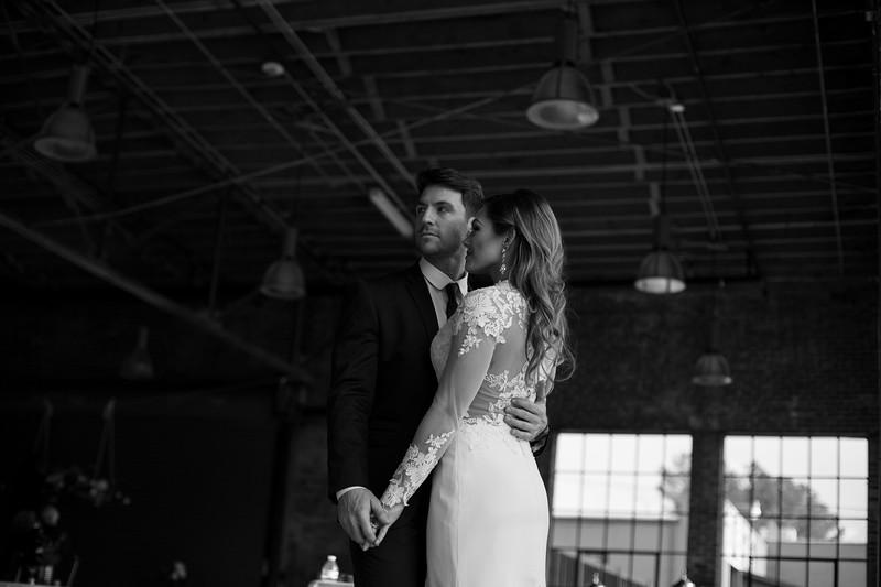 Kate&Josh_B&W_ZACH.WATHEN.PHOTOGRAPHER-304.jpg