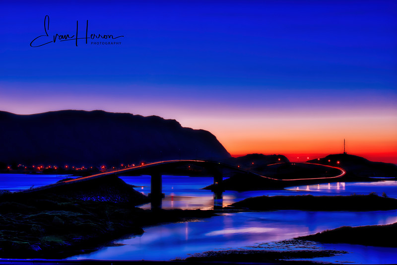 Fredvang at sunset lg.jpg