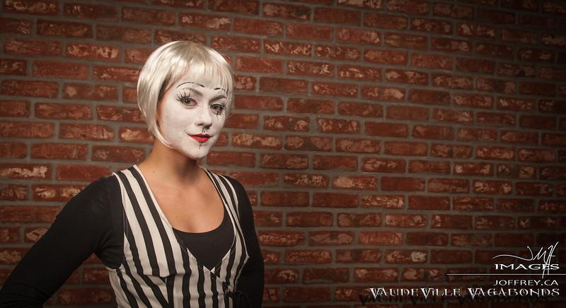 Vaudeville Vagabonds PORTRIATS feb 15 2014-7211.jpg