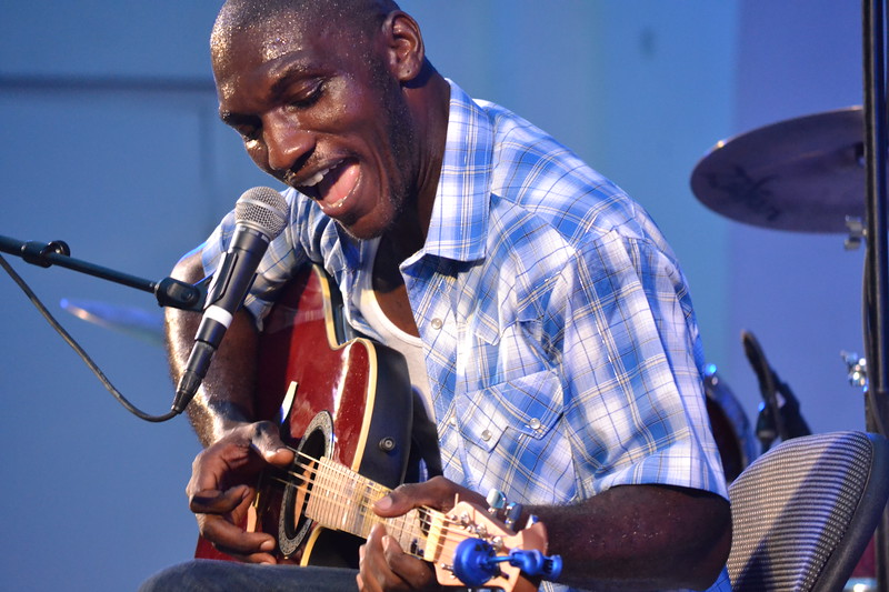 023-cedric-burnside_14546537602_o.jpg