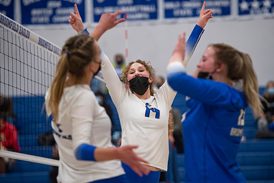 Broomfield volleyball sweeps Monarch