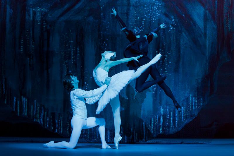 Swan Lake - Ekaterina Shipulina & Ruslan Skvortsov