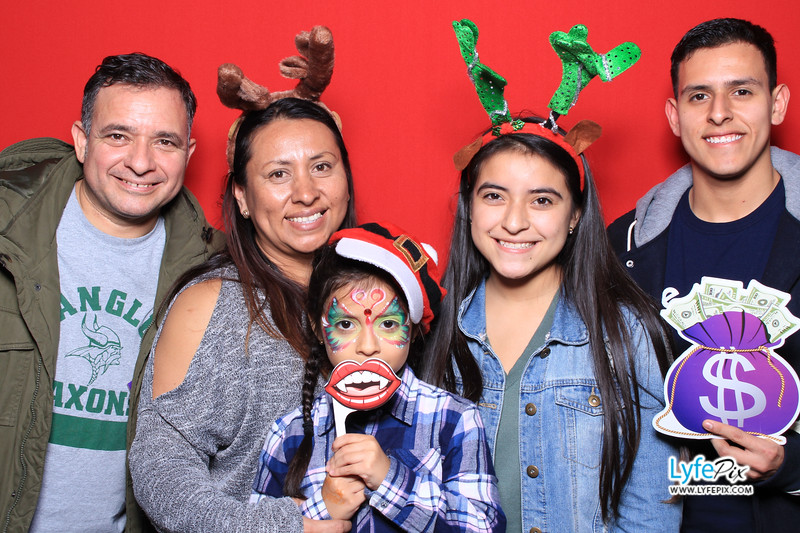 eastern-2018-holiday-party-sterling-virginia-photo-booth-1-71.jpg