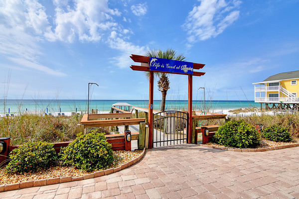 Commodore Beach Resort, Panama City Beach, Florida