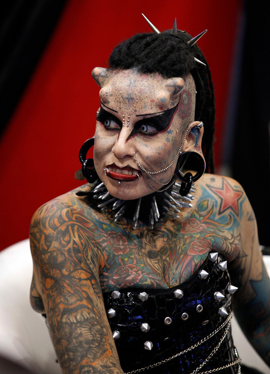 ". Mexican tattoo artist Maria Jose Cristerna, known as \'Mujer Vampiro\' (Vampire Woman), attends a photo opportunity during the ""Expo Tatuaje\"" international tattoo expo in Monterrey April 3, 2011. REUTERS/Tomas Bravo"