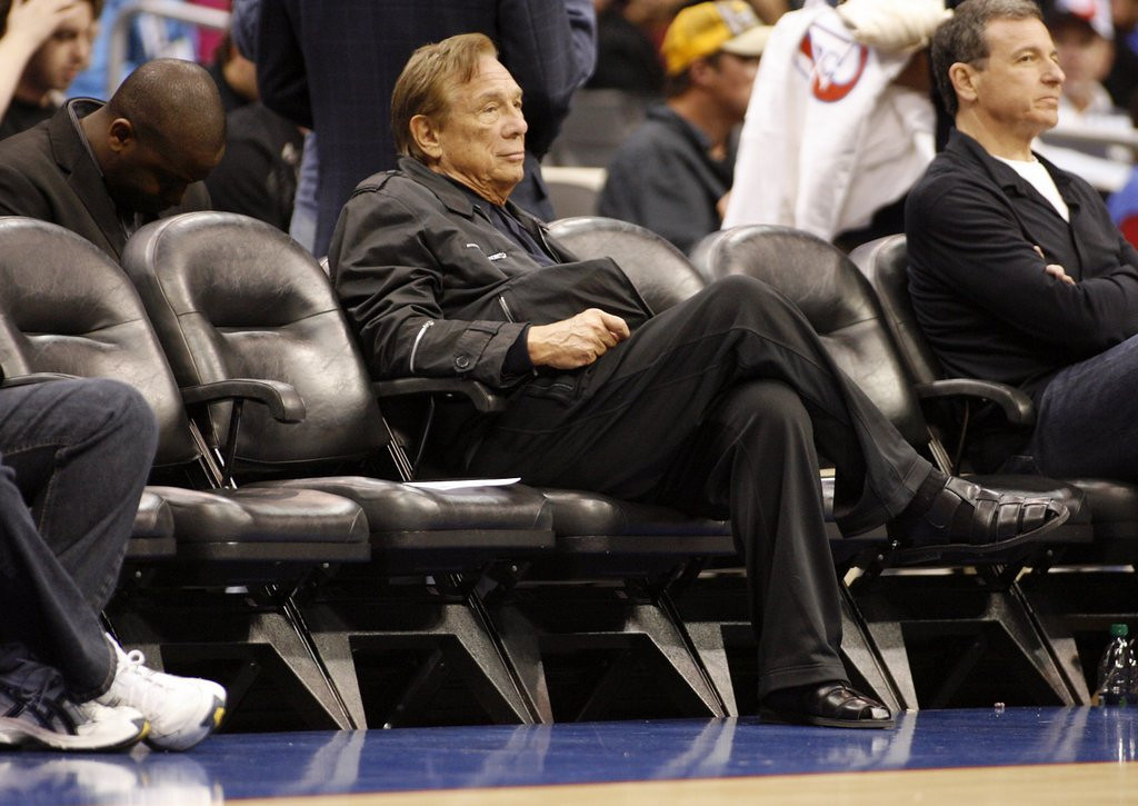 ". <p><b> Donald Sterling sat down for an interview with CNN�s Anderson Cooper earlier this week, and it�s clearer than ever that the banned Los Angeles Clippers owner � </b> <p> A. Detests Magic Johnson <p> B. Wants his family to retain ownership of the team <p> C. Was born in the 18th century <p><b><a href=\'http://www.cnn.com/2014/05/12/us/donald-sterling-interview/\' target=""_blank\"">LINK</a></b> <p>   (AP Photo/Danny Moloshok, File)"