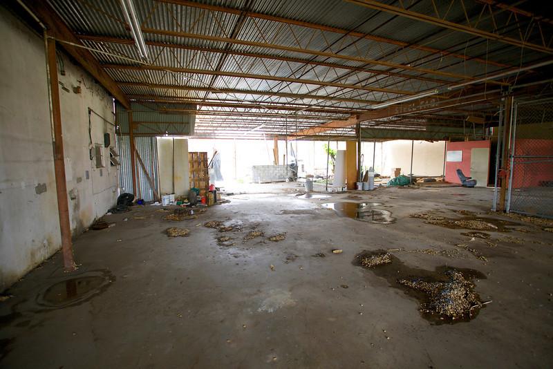 2571NW4thCt_Warehouse19.jpg