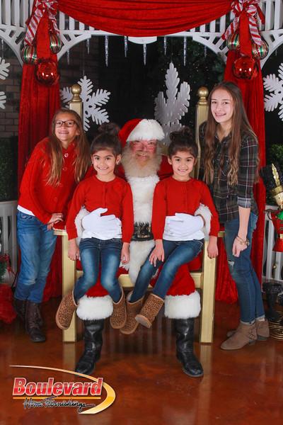 Santa 12-10-16-269.jpg