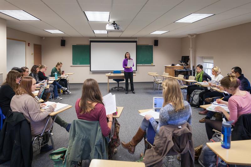 Rosa Tapia Classroom-11.jpg