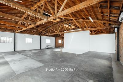 Exposed Brick Studio 220