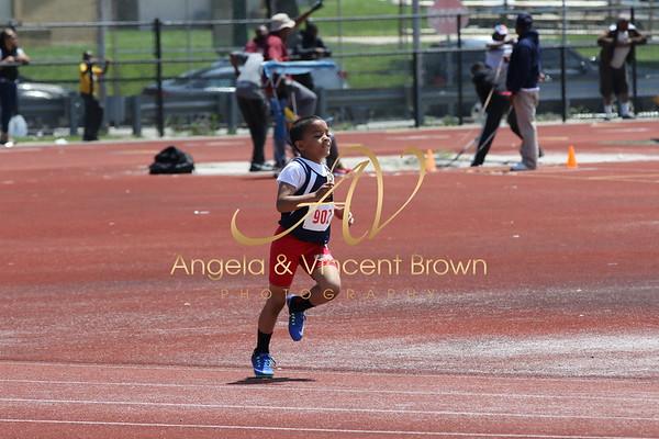 Champs: 8 & Under Boys 800M
