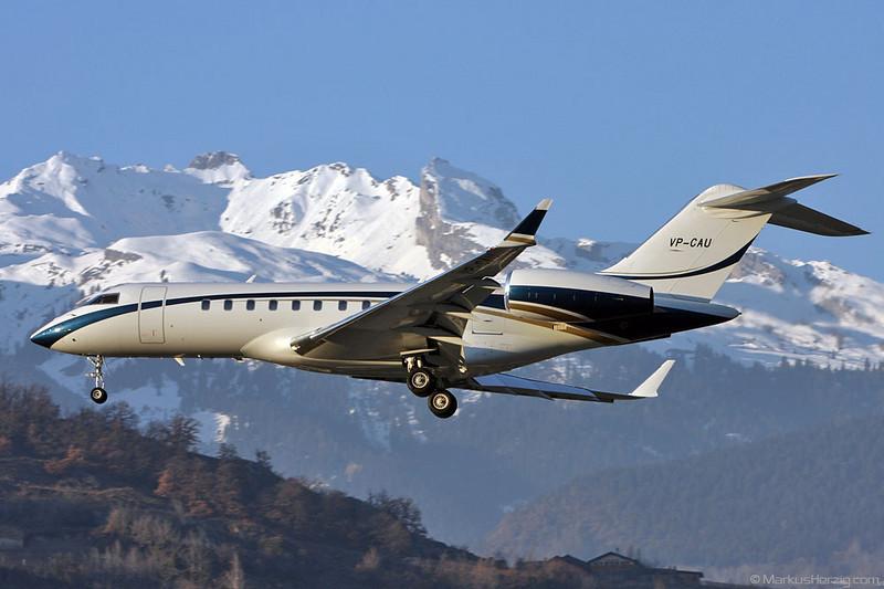 VP-CAU BD700 Global 5000 @ Sion Switzerland 28Dec08