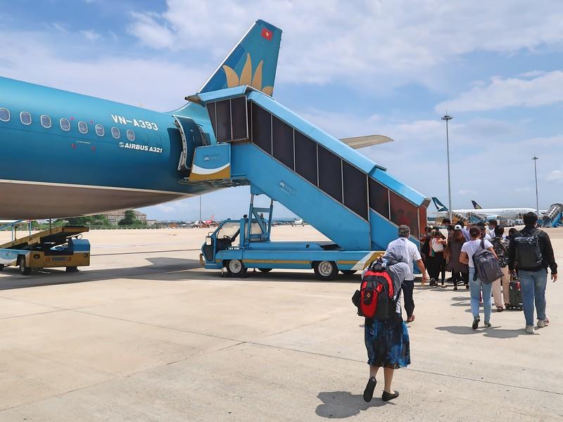 IMG_0649-boarding-for-tbb.jpg