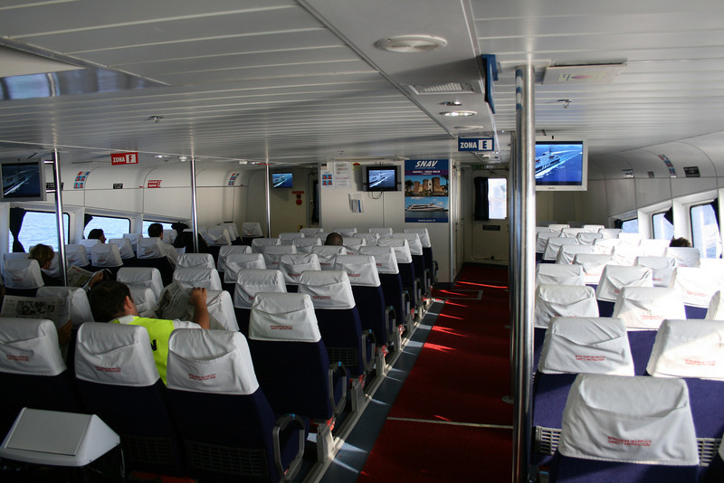 2008 - On board HSC SNAV ORION : upper lounge.