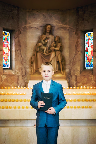 2019-divine-child-dearborn-michigan-first-communion-pictures-intrigue-photography-17.jpg