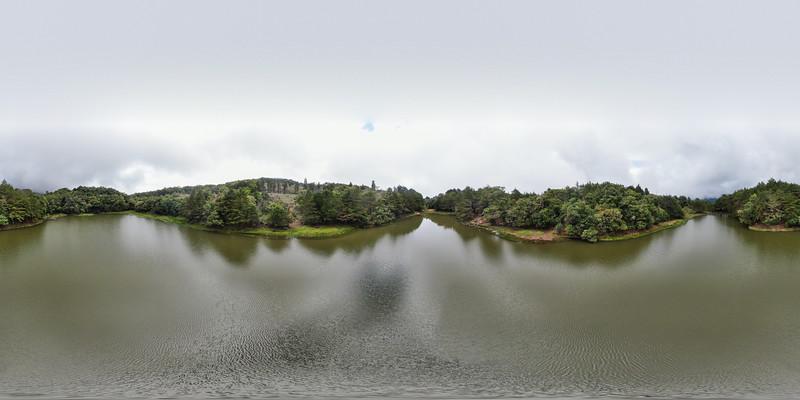 Laguna don Manuel in Costa Rica, amazing private lake in the Dota - Chirripo - San Gerardo area of Costa Rica