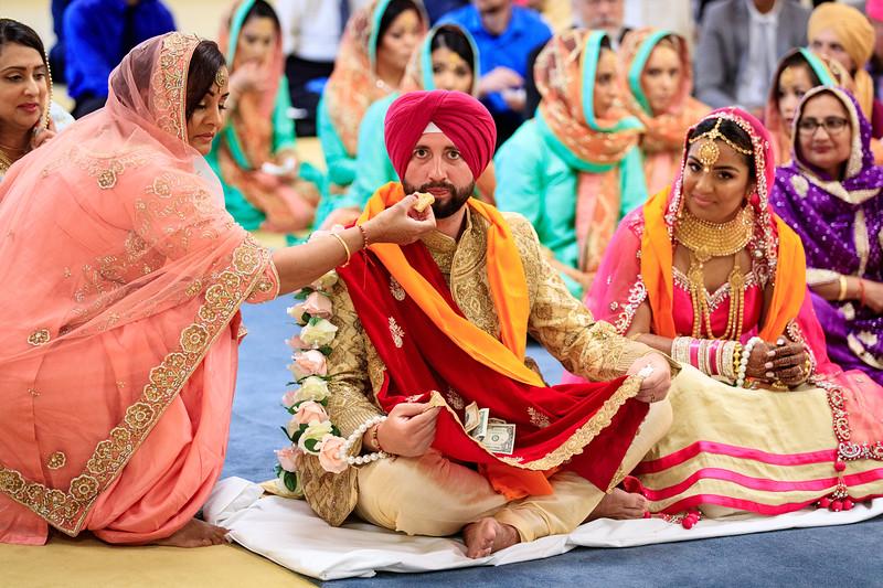 Neelam_and_Matt_Gurdwara_Wedding-1483.jpg