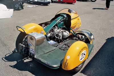 Airhead Boxer power roadracing sidecars