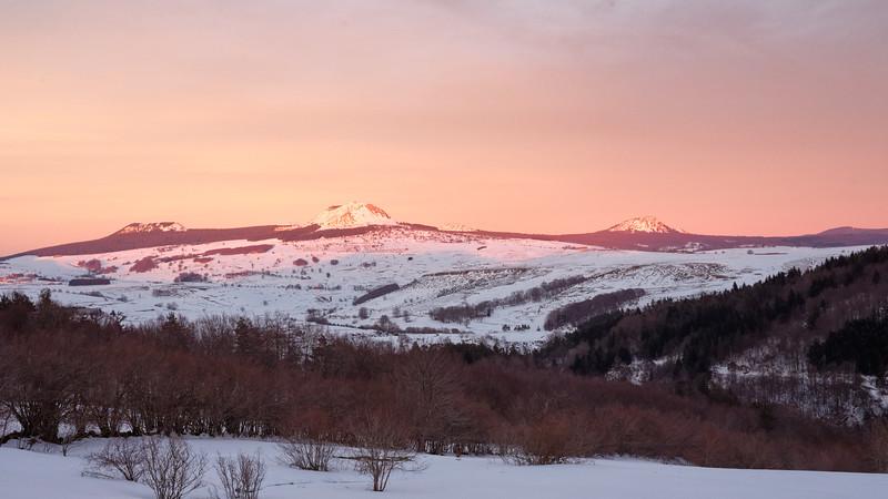le coucher de soleil sur le mont Gerbier de Jonc !
