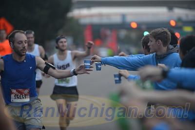 At Ren. Cen. - 2017 Detroit Free Press Marathon