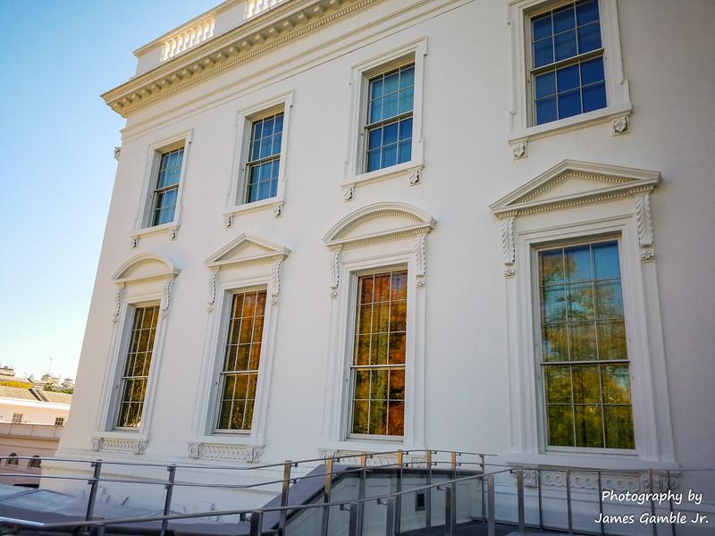 White-House-Tour-122230.jpg