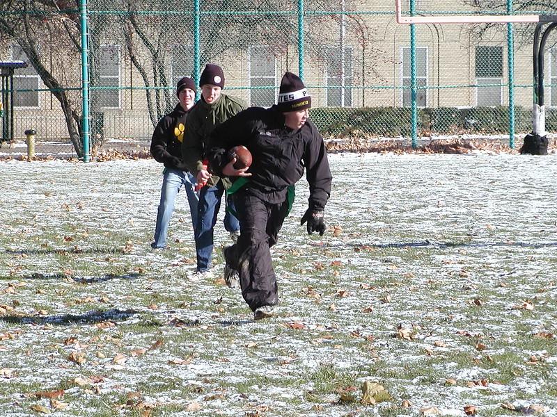 2002-12-01-GOYA-Turkey-Bowl_056.jpg