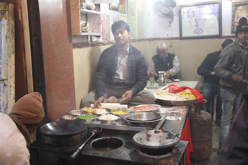 food vendor in Chandi Chowk bazaar in old Delhi