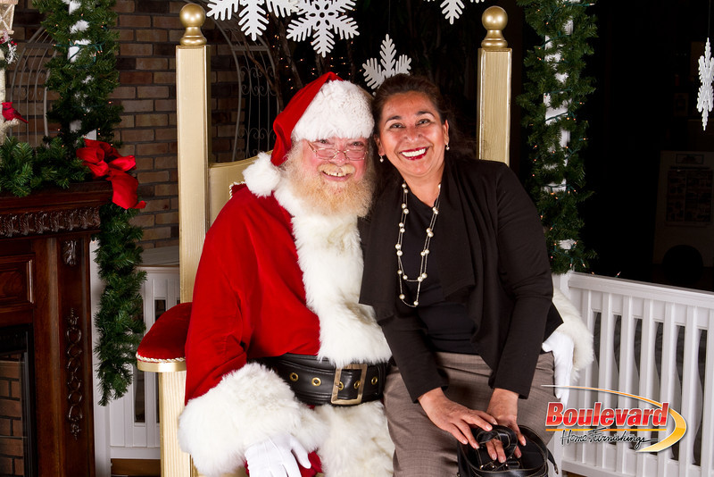 Santa Dec 8-121.jpg