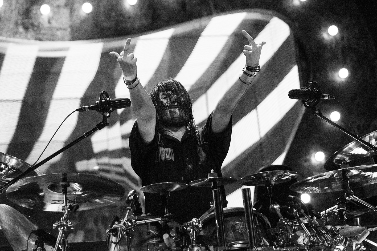 Jay Weinberg of Slipknot by Adam Elmakias at Knotfest 2015