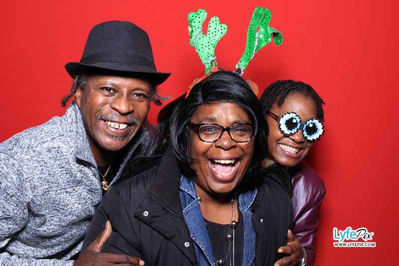 eastern-2018-holiday-party-sterling-virginia-photo-booth-0163.jpg