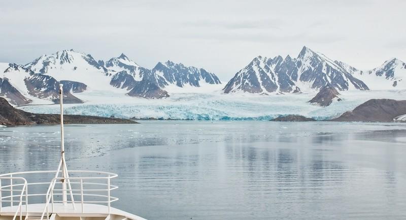 liefdefd fjord, svalbard archipelargo 5.jpg