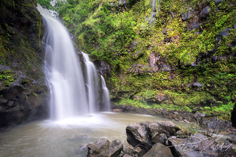 RTH- Upper Waikani Falls.jpg
