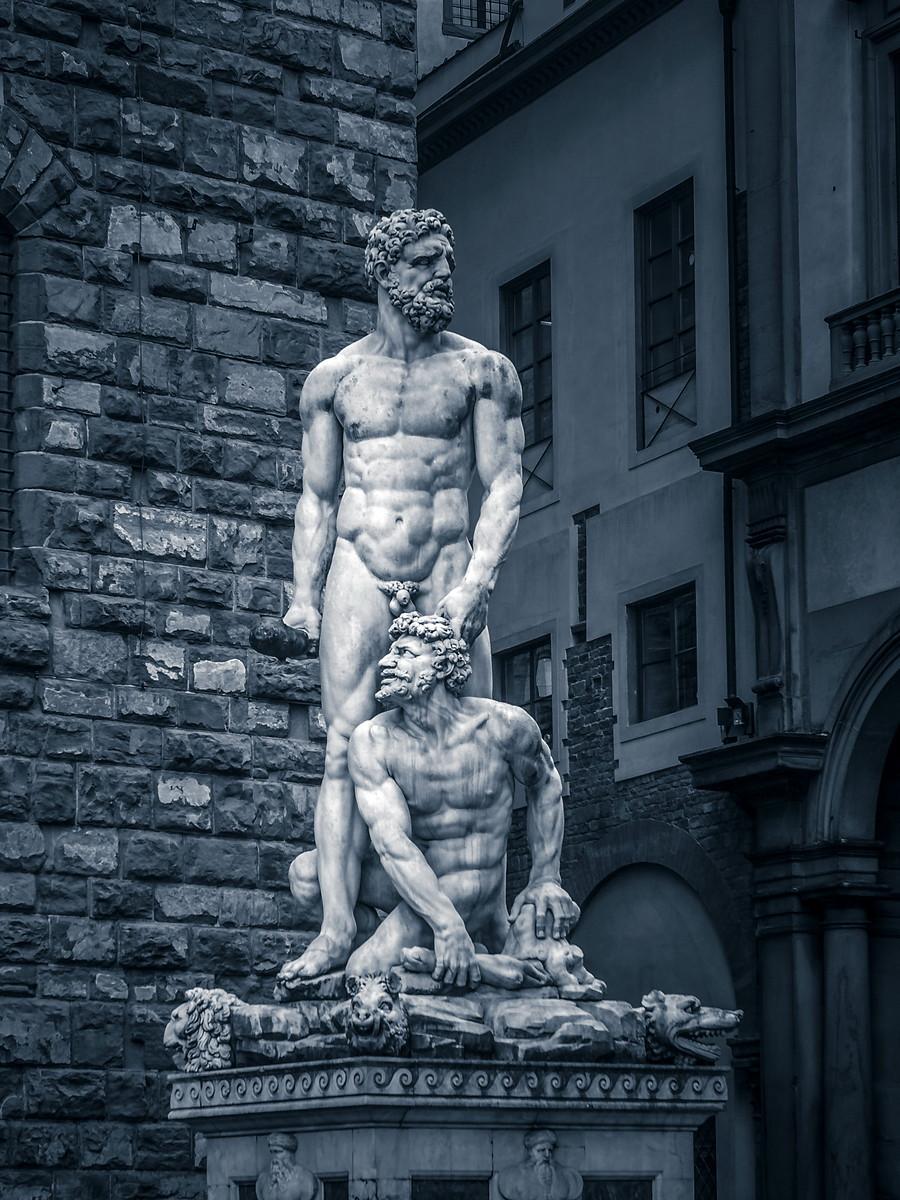 意大利佛罗伦萨,西格诺里亚广场的雕像