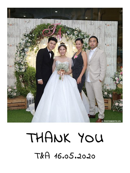 TA-wedding-instant-print-photo-booth-at-Revierside-Palace-Quan-4-Chup-hinh-in-anh-lay-lien-Tiec-Cuoi-049.jpg