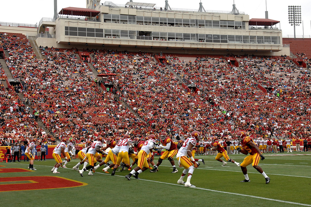. USC\'s Spring Football Game at the L.A. Memorial Coliseum, Saturday, April 13, 2013. (Michael Owen Baker/Staff Photographer)