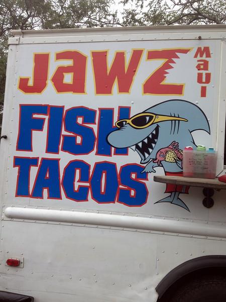 2014-02-16-0008-Maui-Jawz Fish Tacos Truck.jpg