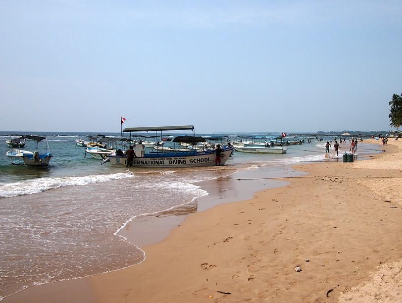 P2229175-beach-boats.JPG