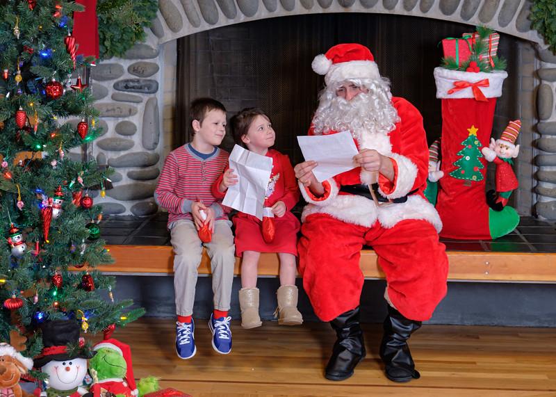 CB Santa 2019-7960.jpg