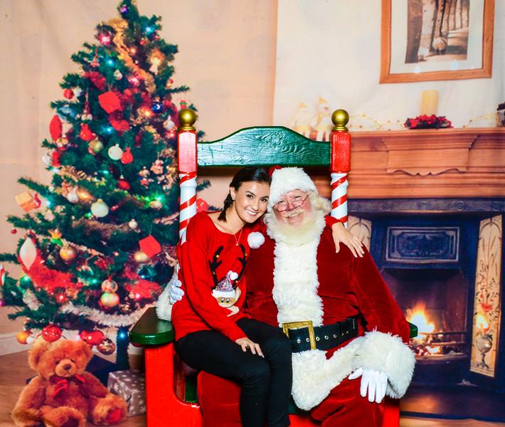 Santa Elmore 2016-12149.jpg