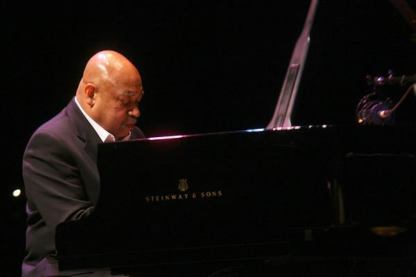 20081025 Kenny Barron Trio