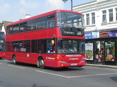 Buses in Romford Aug 2020 Corona Pandemic